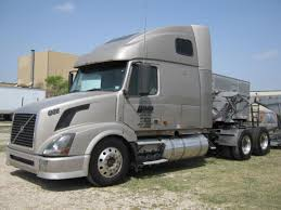 used volvo tractors for sale used 2007 volvo vnl670 tandem axle sleeper for sale in tx 1072