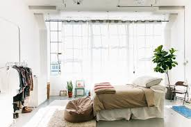 Curtain For Living Room by How To Hang Curtains Do U0027s U0026 Don U0027ts Apartment Therapy