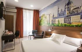 chambre d hote madrid the citadel by pillow chambres d hôtes madrid