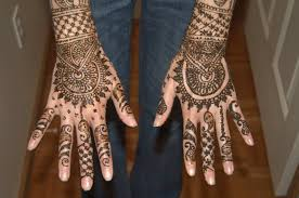 most pretty mehndi and henna tattoos on hands for women