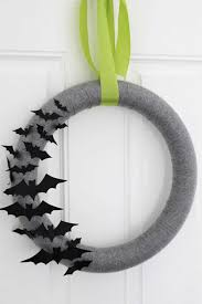 Halloween Wreath Supplies by 30 Diy Halloween Wreaths How To Make Halloween Door Decorations