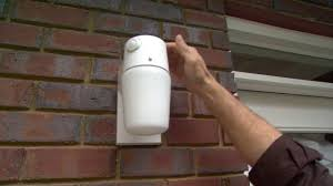 Motion Activated Outdoor Light How To Increase Home Security With Motion Sensor Outdoor Lighting