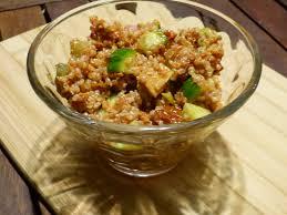 comment cuisiner le quinoa recettes salade fraîcheur aux quinoa et thon à la tomate gourmicom