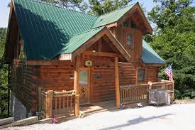 1 bedroom cabin rentals in gatlinburg tn a climbing cub 1 bedroom cabin rental in