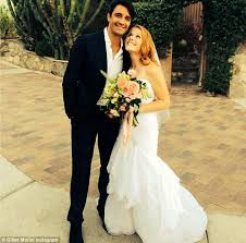 leclerc si e social leclerc marries brian habecost in front of lea thompson and