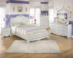 Home Decor In Mesa Az Zarollina Silver Full Upholstered Bed For 399 94 Furnitureusa