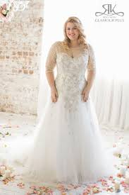 plus size wedding dress designers 31 jaw dropping plus size wedding dresses sleeved wedding