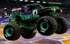 monster jam madusa truck baddest monster trucks for 2017 amsoil blog
