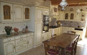 cuisines rustiques cuisines rustique tradition couleur cuisines laurent