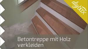 treppe belegen betontreppe verkleiden treppenverkleidung mit holz