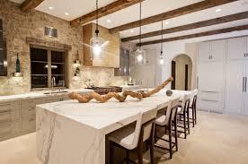 idee mur cuisine cuisine avec mur en lzzy co