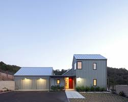 Farmhouse Exterior 16 Bright And Airy Modern Farmhouse Exterior Design Ideas