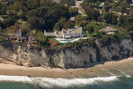 Beverly Hills Celebrity Homes by The Most Amazing Celebrity Homes Amenities Celebrity Homes