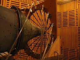 chambre sourde centre acoustique lmfa umr cnrs 5509 et ecole centrale de lyon