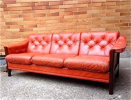 Century Leather Sofa Sparklebarn Mid Century Tufted Leather Sofa With Rosewood Frame