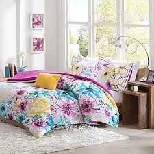 Bed Bath And Beyond Queen Comforter Olivia Reversible Comforter Set In Fuchsia Bed Bath U0026 Beyond