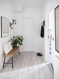 Home Entrance Design How To Decorate A Minimal Interior With Personality Minimalism