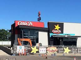 carl s jr to launch 300 restaurants in australia as store