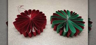 how to craft a simple folded paper flower ornament for