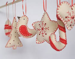 Christmas Decorations Wholesale Europe by Best 25 Felt Christmas Decorations Ideas On Pinterest Christmas