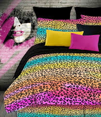 amazon com veratex street revival 100 polyester 4 piece kids amazon com veratex street revival 100 polyester 4 piece kids rainbow leopard comforter set full size multi color home kitchen