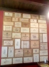 cassette vino suggestivo arredamento con cassette dei vini photo de blue