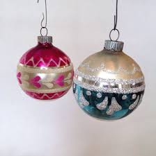 the 25 best shiny brite ornaments ideas on vintage