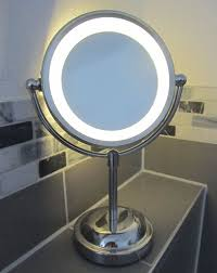 round magnifying led illuminated bathroom make up cosmetic shaving