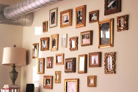 Gallery Wall Frames by How To Create An Art Gallery Wall Merideth Morgan Curvy