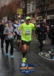 harbor lights half marathon double hip runner