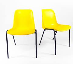 chaises jaunes chaise plastique jaune