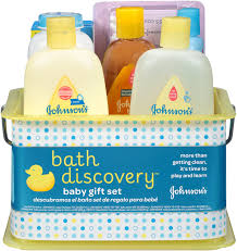 amazon com aveeno baby daily bath time solutions gift set to johnson s bath discovery gift set for parents to be caddy with bath essentials