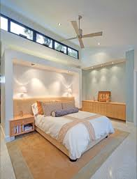bedroom modern ceiling fan with clerestory and recessed lighting