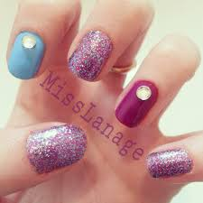 nail styles with rhinestones beautify themselves with sweet nails