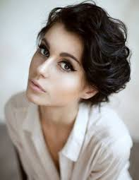 short wavy pixie hair 15 different pixie haircuts with bangs