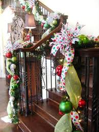 Christmas Railing Decorations 25 Ideas For Christmas Staircase Decorations