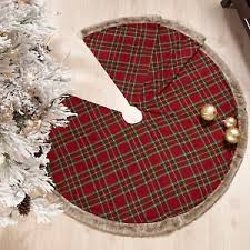 plaid tree skirt 20 best plaid christmas tree skirts images on