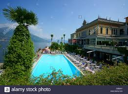bellagio hotel swimming pool lke water view moutain comer