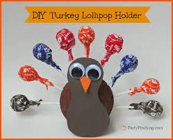 turkey lollipop holder pinching