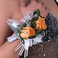 corsage and boutonniere cost boutonniere and corsage package