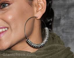 nelly earrings nelly furtado sports funky ecelectic look