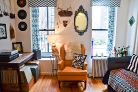 Cheap Ways To Decorate A Living Room by 9 Super Creative Diy Home Decorating Tips