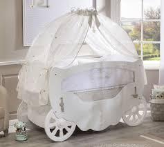 chambre bebe pin pin by samia tkhily on chambre pour bébé interiors