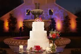 wedding cake by bella bru cafe wedding reception scribner bend