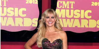 anger management casts laura bell bundy as sexy doctor