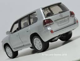 lexus lx horsepower two lane desktop siku 1 43 2012 toyota land cruiser and welly 1