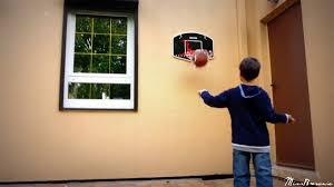 mini panier de basket chambre discussion autour d un ballon mes doudoux et compagnie d