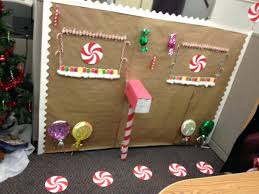 How To Decorate Your Cubicle For Halloween Office Design Decorate Your Office Cubicle Christmas Creative