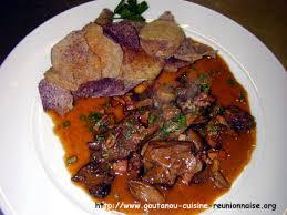 comment cuisiner du cerf civet de cerf aux chips de cambarre par christian antou goutanou