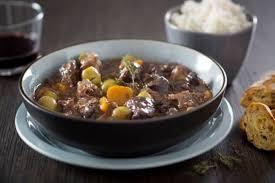 cuisine cocotte minute recette de daube de bœuf au vin à la cocotte minute rapide